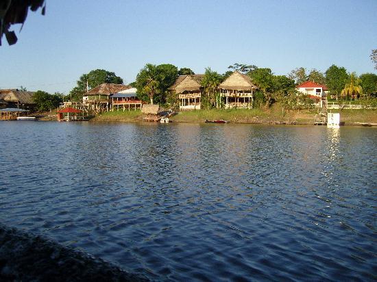 Yakuruna Guest House : vue de bateau