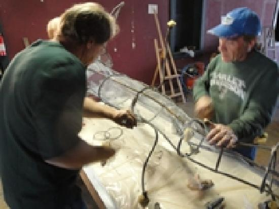 Fairbury, NE : Thom Hunt the Owner/Artist of Big Bamboo Studios has over30 years as a professional artist.