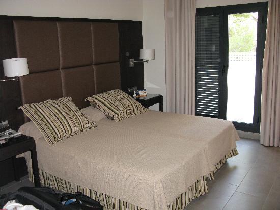 Fiesta Hotel Cala Gracio: Our Room