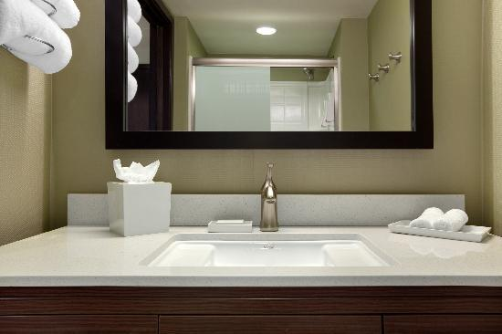 Home2 Suites By Hilton Salt Lake City/Layton, UT: Bathroom