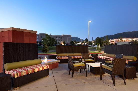 Home2 Suites By Hilton Salt Lake City/Layton, UT: Front Patio w/ Fireplace