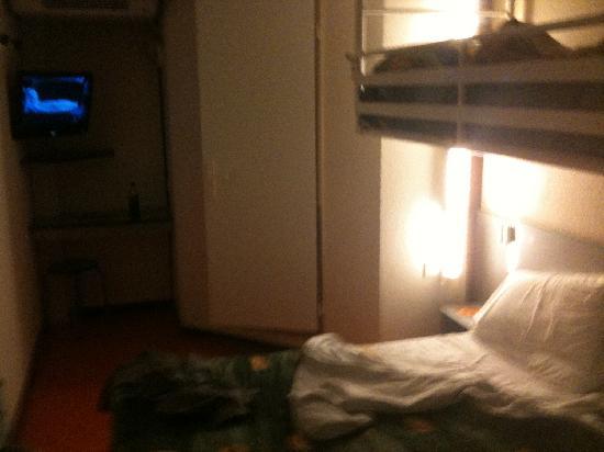 P'tit Dej-HOTEL Rouen Sud Oissel : room