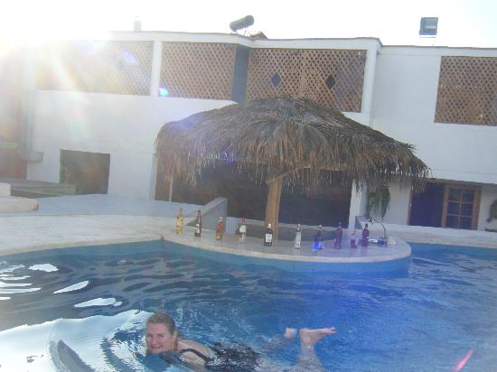 Hotel Villa Jazmin: Cool down in their relaxing pool