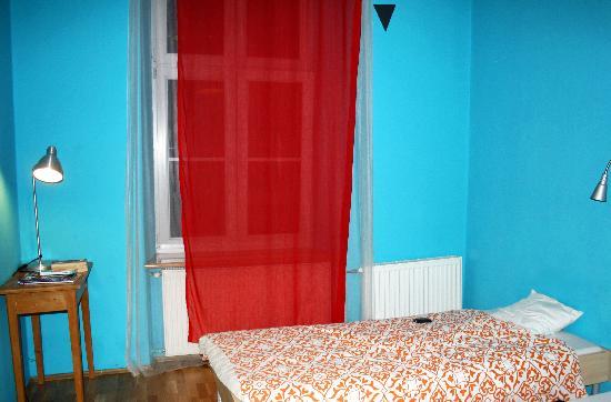 Travellers Inn Hostel: Bedroom