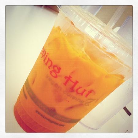 Loving Hut: thai iced tea (veganized) Mmmmmmmm !!
