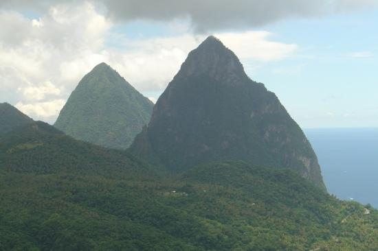 Sandals Grande St. Lucian Spa & Beach Resort: The Pitons