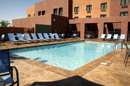 Cocopah Resort & Conference Center: Pool View