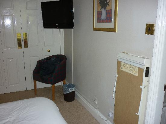 Cotswold Gateway Hotel: TV Storage Space and Trouser Press