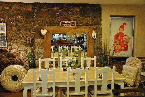 Harbour View Guest Accomodation: salle du petit dej