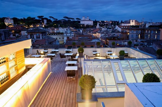 The First Luxury Art Hotel: Rooftop panoramic bar and restaurant Overhall