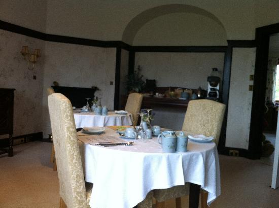 Ard-na-Coille Guest House: breakfast room