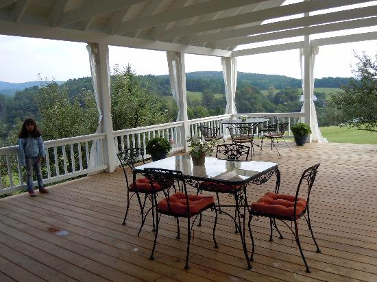 The terrace at Apple Hill Inn