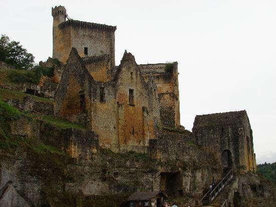 Château de Commarque : Vue d'une partie du site