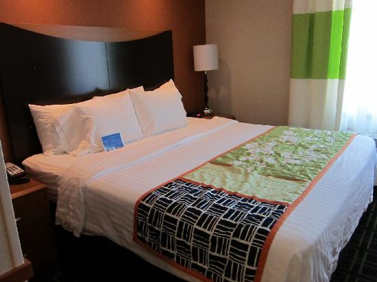 Fairfield Inn & Suites by Marriott Santa Maria: King Size Bed