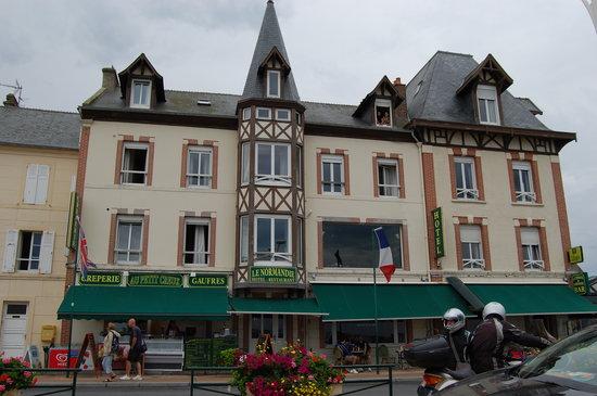 Hotel de normandie restaurant arromanches les bains for S bains restaurant