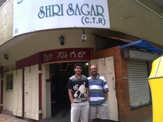 Shri Sagar (C.T.R) : the best dosa in town. you should also try mangalore bujji and coffee