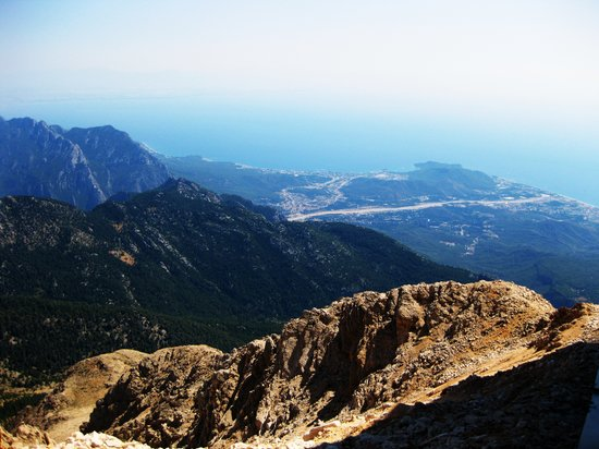 Cirali, Turkiet: The view from the top of Tahtali