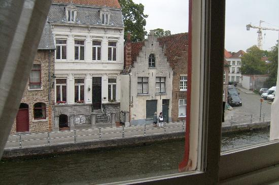 Sint Andries Cruyse: View from room