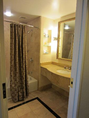 Grand Hyatt Atlanta in Buckhead: Beautiful bathroom