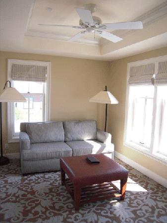 Hotel del Coronado: The 'den' or extra sitting room.