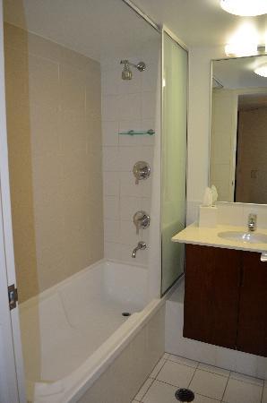 The Sebel Brisbane: Bathroom