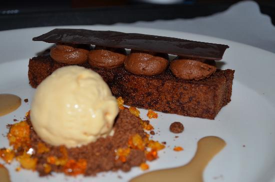 The Sebel Brisbane: Room Service dessert