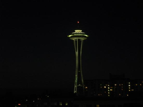 Warwick Seattle Hotel: the view from room 609