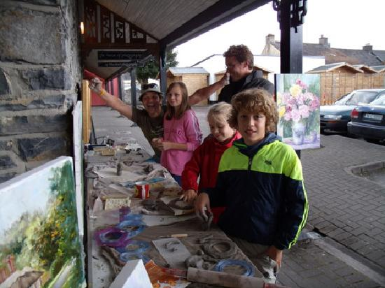 The Back Lane Gallery : Clay maaking for kids and adults