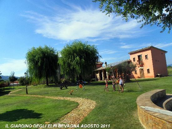 Il giardino foto di il giardino degli elfi bevagna tripadvisor - Il giardino degli etruschi ...
