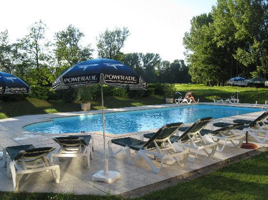 Golf Hotel Grenoble Charmeil : piscina