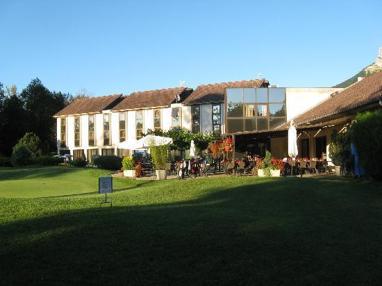Golf Hotel Grenoble Charmeil : vista dal campo di golf
