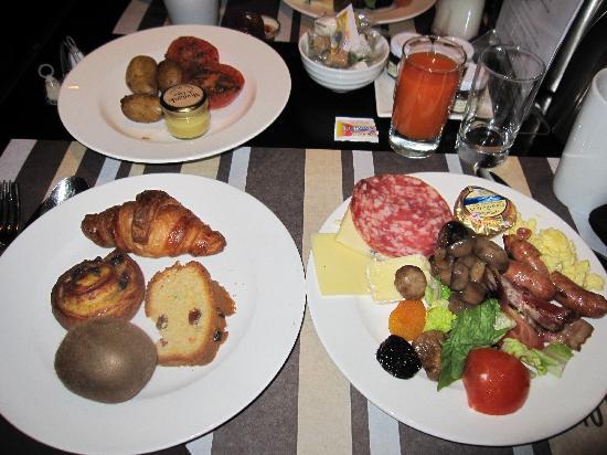 Hotel Concorde Montparnasse: 朝食