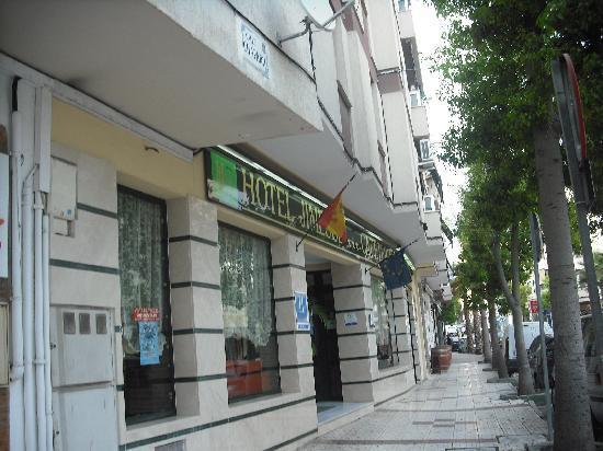 Hotel Jimesol: parte delantera del hotel