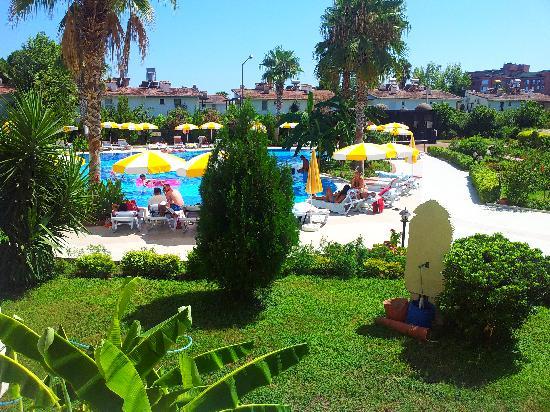 Sultan's Beach Hotel: vue de la piscine