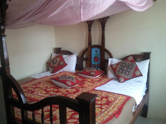 Funguni palace hotel updated 2018 reviews price for Stone island bedding