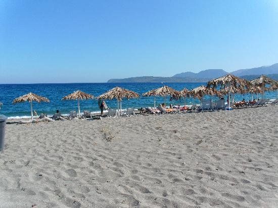 Castello Antico Beach Hotel: You are steps away from Mavrovouni 5 Km long sandy beach!