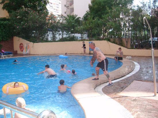 Apartamentos Levante Lux: pool