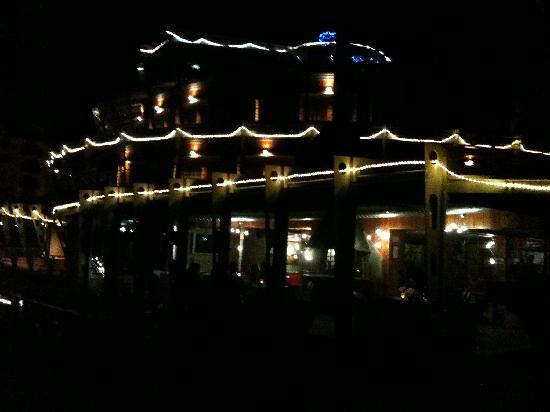 Hotel Shackleton Mountain Resort : notturno esterno