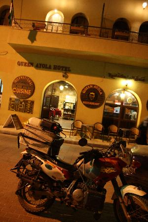 Queen Ayola Hotel: Motorcycle