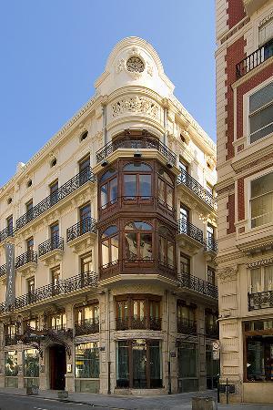 Vincci Palace Valencia: Fachada