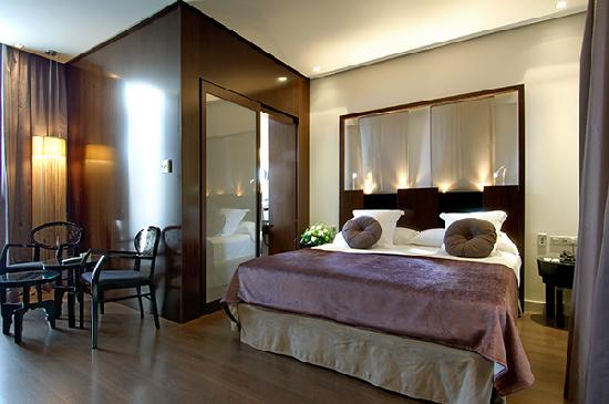 Vincci Palace Valencia: Room