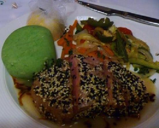 Kream: Tuna with wasabi mash (YUM) and grilled veggies