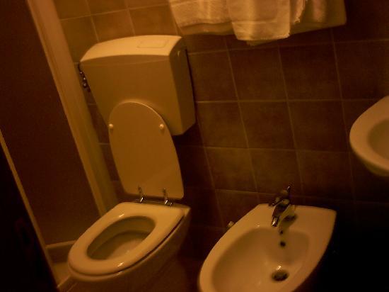 Hotel Lo Svincolo: bagno