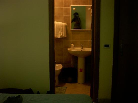 Hotel Lo Svincolo: camera