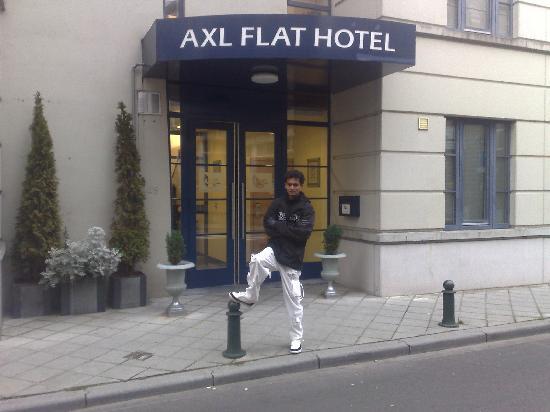 A-XL Flathotel: Front Entrance