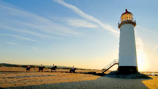 Flintshire, UK: Talacre Beach and Lighthouse