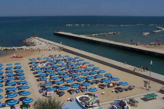 Hotel Levante: la plage juste en face