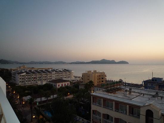 Hotel Sultan: Vistas habitacion