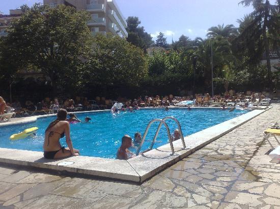 Gran Hotel Don Juan : Main pool