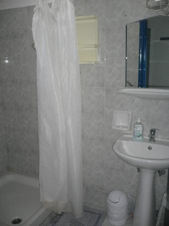 Christina's House: bathroom